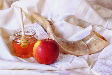 rosh hashanah (jewesh holiday) concept - shofar, honey