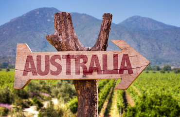 Keuken foto achterwand Australië Australia wooden sign with winery background