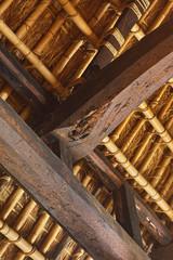 日本の茅葺屋根住宅の屋根裏