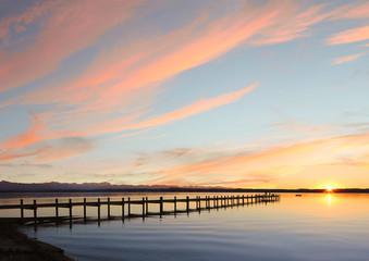 Starnberger See bei Sonnenuntergang, Abendhimmel mit Freifläche