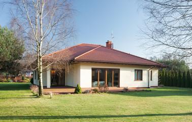 Fototapeta Detached house at sunny day obraz