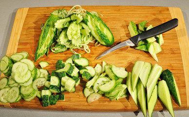 carving ​​cucumbers