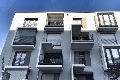 Moderne Fassade moderne fassade wohnhaus stock photo and royalty free images on
