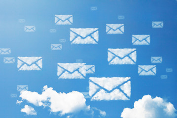 E-mail icon cloud shape