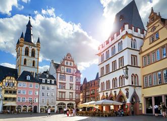 Trier – Hauptmarkt mit Sankt Gangolf und Steipe