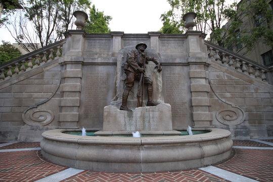 Weltkriegsdenkmal an der Monument Terrace in Lynchburg, Virginia