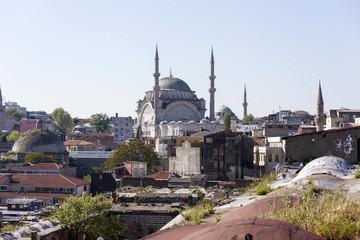 Мечеть Михримах Султан в районе Эдирнекапы . Стамбул.