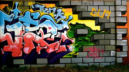 Breccia nel muro su realtà graffiti - Graffiti
