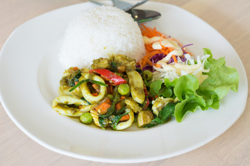 Stir fried  green curry with seafood and rice