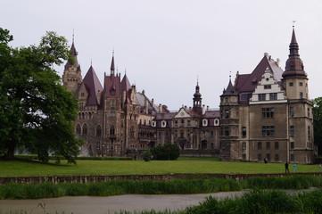 Opole, zamek w Mosznej