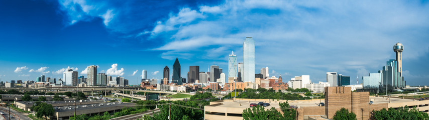 Foto op Plexiglas Texas Partly Cloudy Dallas Skyline