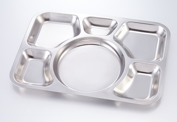 Trays of food have 6 channel made of stainless steel