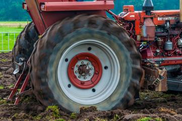 Landwirtschaft - Traktor im Einsatz