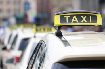 Taxischilder_2015