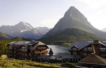 Glacier National Park, Swiftcurrent Lake, Many Glacier