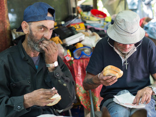 homeless eating