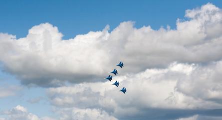 авиационная группа высшего пилотажа Стрижи
