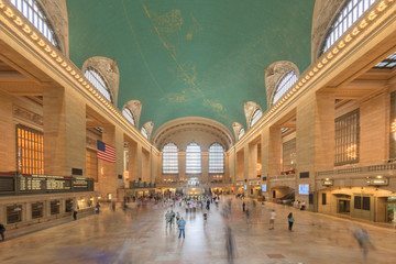 NEW YORK - USA - 11 JUNE 2015 Grand Central station is full of people