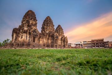 Phra Prang Sam Yod .