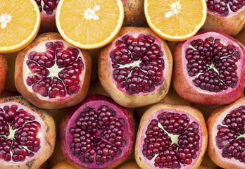 Pomegranates and oranges composition