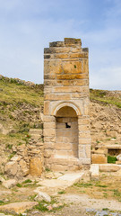 Ancient temple ruins in Hierapolis, Pamukkale, Turkey. UNESCO World Heritage
