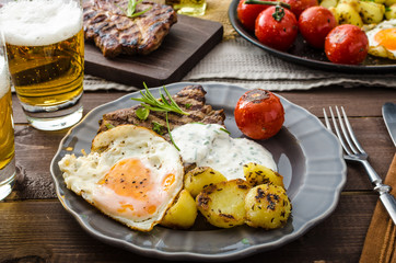 Grilled pork meat with beer
