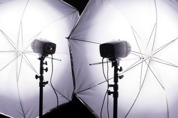 2灯のモノブロック型フラッシュ