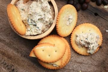 Crackers with tuna salad