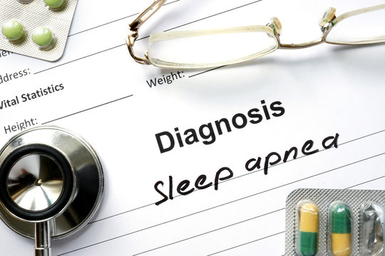 Diagnostic form with diagnosis Sleep apnea and pills.