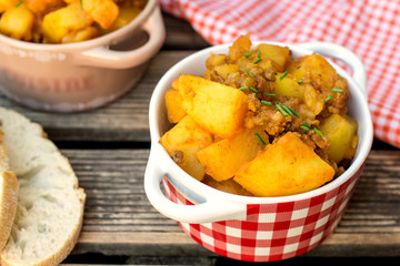 Potato stew with minced beef