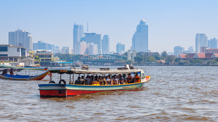Commuter boat in Bangkok, Thailnad