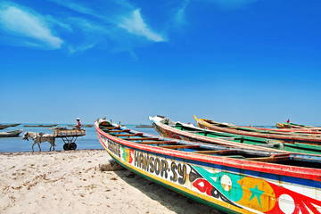 Pirogues de pêche, Sénégal.