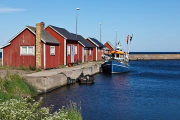 Rote Häuser im Hafen