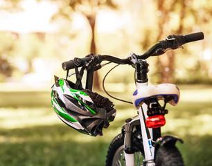 Safe bicycle helmet