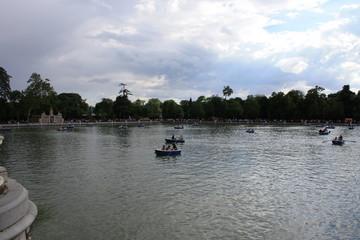 Barcos en Parque del Retiro