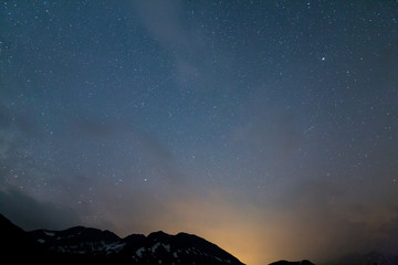 Universum mit Sternen