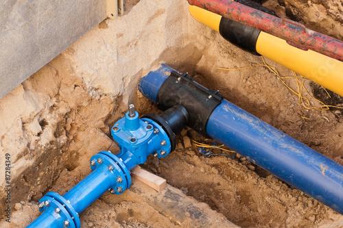 Fabulous Neue PE-Rohre für Gas und Wasser werden verlegt