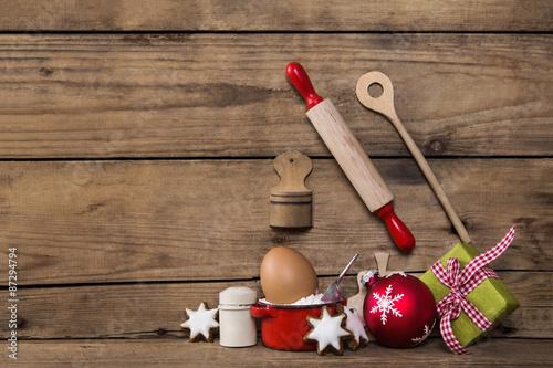 holz hintergrund zu weihnachten k chen utensilien zum. Black Bedroom Furniture Sets. Home Design Ideas