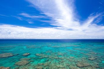 沖縄の海・久高島