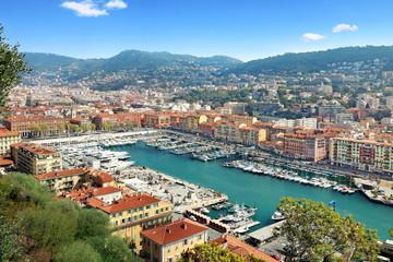 Photo sur Aluminium Nice Vue du port de Nice et de l'arrière pays