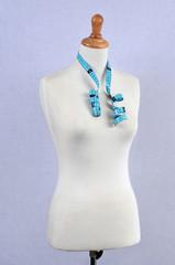 Mannequin de couture avec mètre de couturière