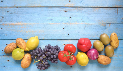 healthy food, vegetables and fruits, free copy space
