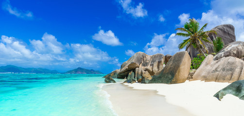 Photo sur Aluminium Tropical plage Tropical Paradise - Anse Source d'Argent - Beach on island La Digue in Seychelles