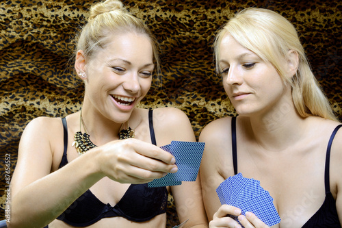 video strip poker online spielen