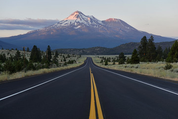 Mount Shasta volcano, California, USA Wall mural