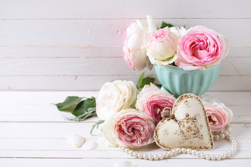 Background with sweet pink roses flowers