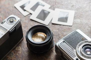 古いカメラとスライド