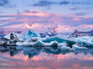 Zelfklevend Fotobehang Gletsjers Jökulsárlón, Iceland.