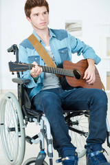 Handicapped guitarist