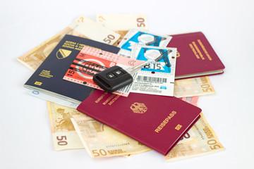 Reisepässe Mit Autoschlüssel Und Vignetten
